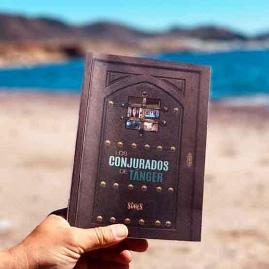 Revista SureS LOS CONJURADOS DE TÁNGER